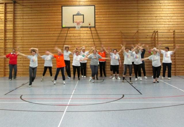 Frauengymnastik_3x